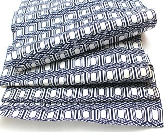 Japanese Vintage Yukata Cotton Fabric. Blue and White Geometric Design (Ref: 1332 )