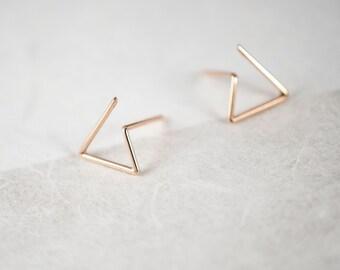 Triangle Earrings in Silver or Vermeil Rose Gold 18k / dainty studs / minimal earrings / post earrings / geometric / open triangle / GM006