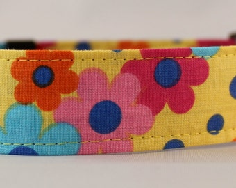 Dog Collar, Martingale Collar, Cat Collar - All Sizes -  Tossed Flowers