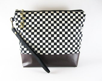 Personalized Monogramed Wristlet Clutch, Black and White Plaid Wristlet Clutch,
