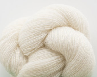 Lace Weight Recycled Cashmere Yarn, Snowdrift Cashmere, Lace Weight Recycled Yarn