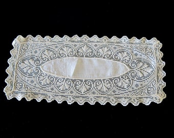 Vintage Ivory Filet Lace Doily Bread Tray Cover 5 by 12 Inches 132b