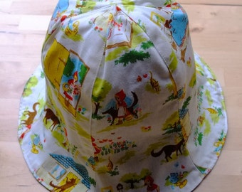 Reversible Tulip hat size 52 (4 Y - 5 Y),Little Red Riding Hood,
