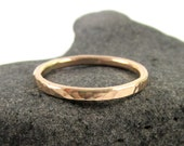 1 Gold Hammered Ring, Thick Simple Stacking Band, Mens Ring, Unisex, Textured, Handmade Maui, Minimalist Jewelry, Gift Idea, Stack Rings