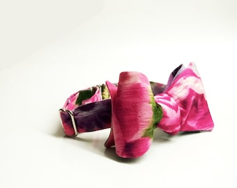 Self tie bow tie for men, cotton self tie bow tie with floral print in pink, wine and soft green