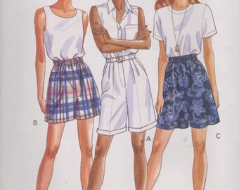 """1990's Women's Shorts High Waist in Two Lengths Side Pockets Sewing Pattern Sizes 6-10 Waist 23-25"""" Butterick 6862"""