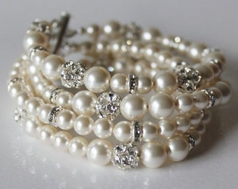 Bridal pearl bracelet, bridal bracelet, Wedding bracelet, Swarovski pearl and rhinestone bracelet, chunky bracelet, cuff bracelet