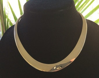 High Quality Omega Sterling Silver Neck Collar For A Slender Neck
