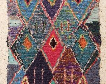 190x110 CM (6,2x3,7 feet) FREE SHIPPING worldwide  T26174 boucherouite , boucharouette,  moroccan rugs , berber rugs, morocco carpets
