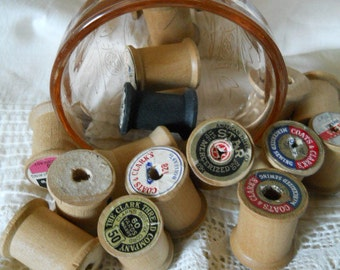 17 Vintage Wood Spools Some With Labels 17 Wood Thread Spool Collection Crafts Supplies