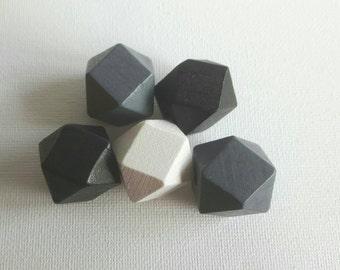 Wooden Geometric Polyhedron Faceted Bead x5 -  Monochrome Mix - Medium 20mm