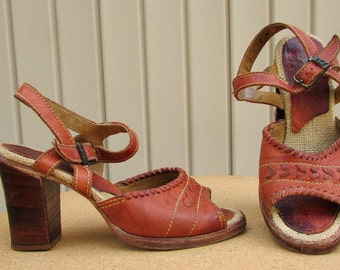 vintage 70s leather wood stacked heels sandals 7 ankle strap zodiac made in usa hippie boho free shipping