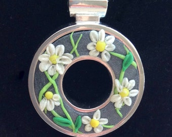 Daisy chain - unique polymer clay and silver bezel pendant.