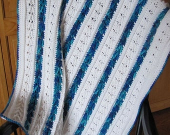MARKDOWN baby afghan Blue and White with Arrows 30x40""