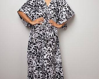 Maxi Dress / Kaftan Long Summer Gown / Black and White Dress : Bohemian Kaftan Collection No.1