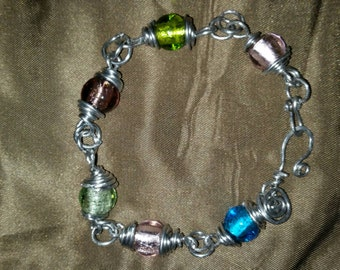 """9 1/2"""" glass beads silver bracelet"""