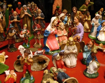 Vintage Nativity set figures, vintage Mangers