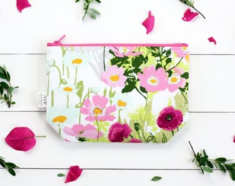 Zipper Pouch, Floral Fashion,  Women, Clutch, Floral, Bridesmaids, Summer Accessories, Project Bags, College, Teens, Women, Organize, Bags