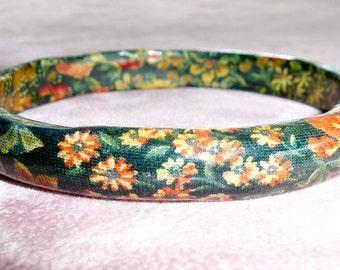 Bangle Bracelet Flowered Lucite Pretty Colors Unique