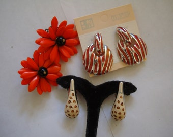 Lot of 3 earrings,  ONE PRICE FOR the group , please See description for details