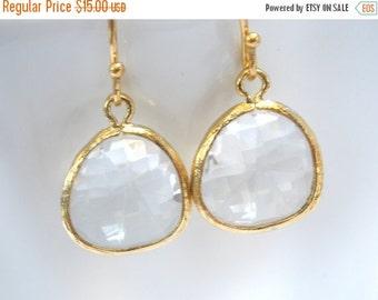 SALE White Earrings, Crystal Glass Earrings, Crystal Earrings Gold Clear Earrings, Bridesmaid Earrings, Bridal Earrings Jewelry, Bridesmaid