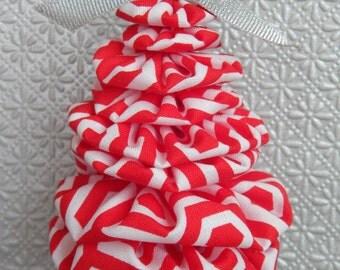 Red and White Pattern Yo Yo Ornament