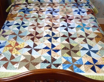 Patchwork Quilt Large Throw or Single Bed Double Pinwheels Hand Quilted