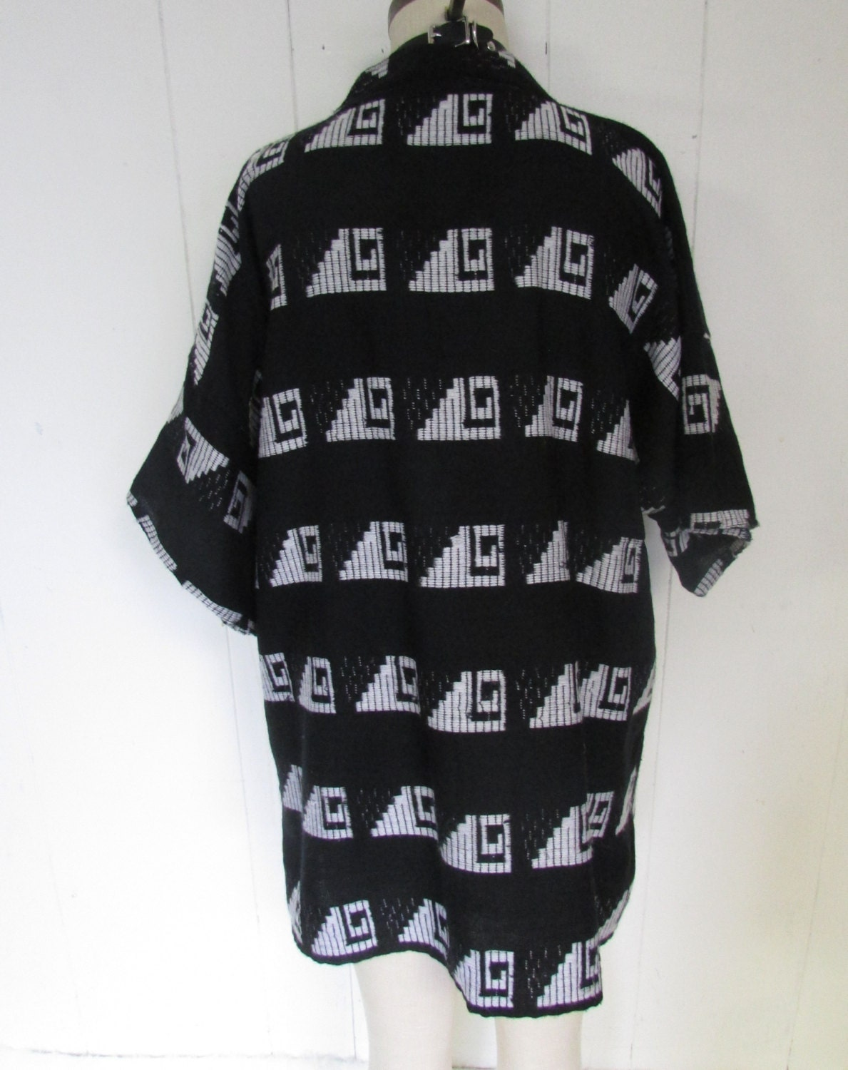 Black and White Oversized Graphic Baggy Geometric Print Shirt