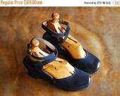 SALE / vintage 1940s shoes / 40s dark blue ankle wrap wedge shoes / size 5