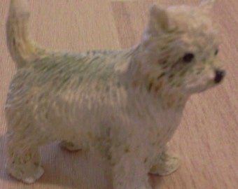 Dolls House Miniature 1:24 Scale Off White Dog