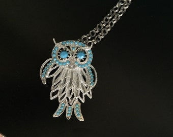 Articulated owl necklace turquoise glass beads FIVE layers silver tone nice chain