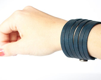 Leather Bracelet / Original Sliced Cuff / Pacific Navy