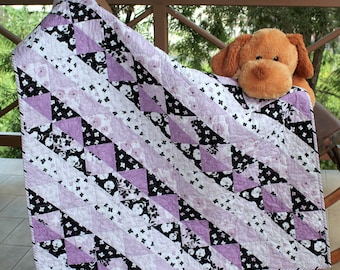 Baby Quilt, Lap Quilt, Quilted Baby Blanket, Couch Throw, Modern Baby Quilt, Lavender Black, Toddler Quilt, Patchwork Quilt,