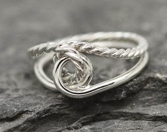 Infinity Ring, Infinity Knot Ring, Best Friend Ring, Promise Ring, Personalized Ring, Friendship Ring, Sisters Ring, Bridesmaid Gift, Bridal