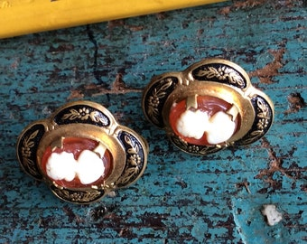 VINTAGE CAMEO EARRINGS, screw on, gold, metal, lady silhouette, mid century