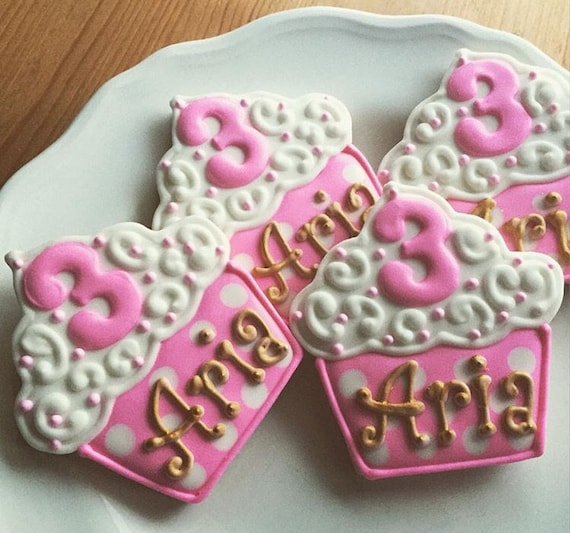 Personalized Cupcake Cookies Birthday Cookie Party Favors 1
