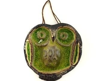 Vintage Green Takahashi Pottery Owl Wall Hanging