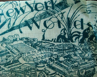Snazzy souvenir from the 1939 New York Worlds Fair ~ a retro two tone handkerchief