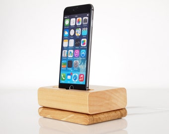 iPhone charging station - iPod touch Dock - iPhone wooden dock - for iPhone 5 / 5C / 5S / 6 / 6+ / 6S / 6S+