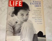 Vintage Life Magazine Arthur Ashe Daughter 'When a Father Dies' November 1993 Orca Paul Simon Alamo