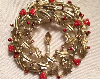 Vintage Gold Tone Wreath Brooch with Red Berries