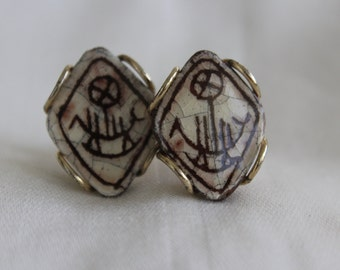 Swank Primitive Drawing on Glass Cuff Link