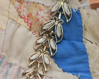 vintage cream leaf bracelet