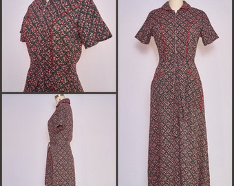 Vintage 1940s Lingerie / 40s Cotton Robe / 1940s Vintage Floral House Dress / 1940s Rose Print Robe