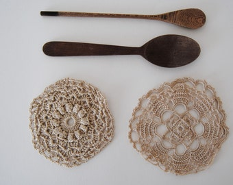 Vintage set - 2 Embroidered LACE - HANDMADE CROCHET coasters - doilies (crxt-05/16)