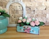 Dollhouse Miniature Shabby Chic Victorian Cottage Farmhouse Paper Roses in a Turquoise box