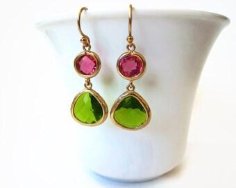 Green Pink Glass Earrings Fuchsia Pink Apple Green Glass Earring Pink Green Wedding Jewelry Bridesmaids Gift Idea Bridal Gold Teardrop Shape