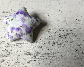 Purple flower star shaped brooch - pin uk