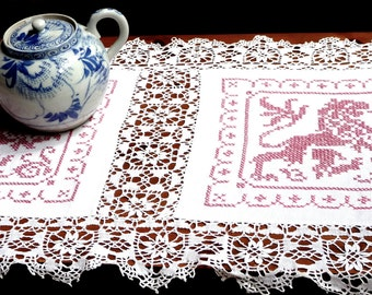 Antique/Vintage Linen Table Runner Hand Embroidered Hand Made German Exquisite