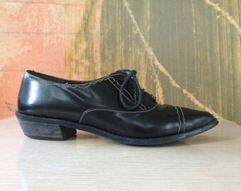 Black Oxfords Size 7 • Vintage Leather Shoes •  Jazz Lace Up Oxfords • Spanish Made Oxford Shoes • Wingtip Shoes • Made in Spain